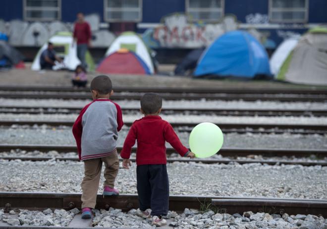 Unión Europea registró cerca de 88.300 peticiones de asilo de menores no acompañados llegados de manera irregular a los Estados miembros en 2015