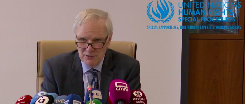 El Relator Especial de la ONU sobre la extrema pobreza y los derechos humanos, Philip Alston, hoy en rueda de prensa en Madrid