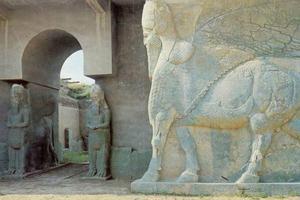 La estatua de un lamasu en Nimrud, Irak