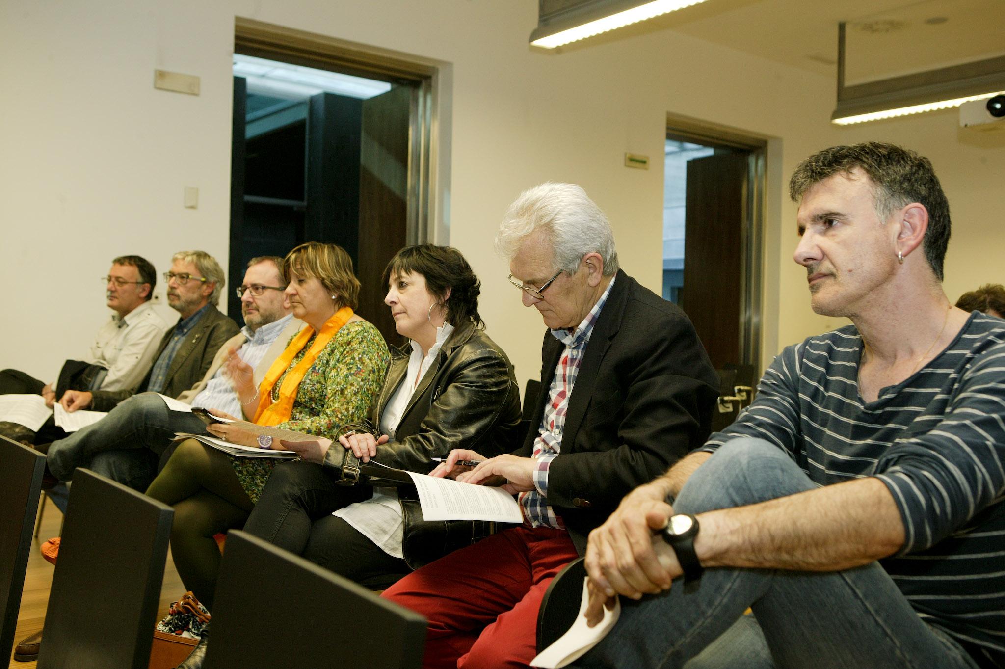 Parlamentarios navarros en la presentación de la Campaña